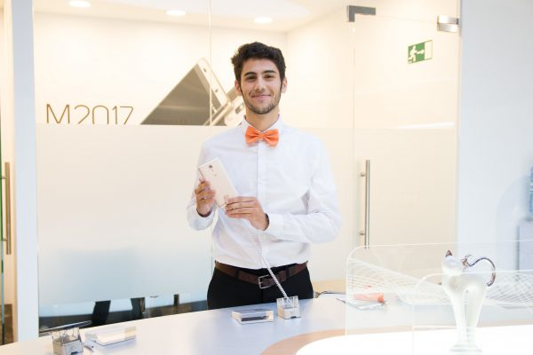 Gionee-Male-Hosts-at-MWC-2017