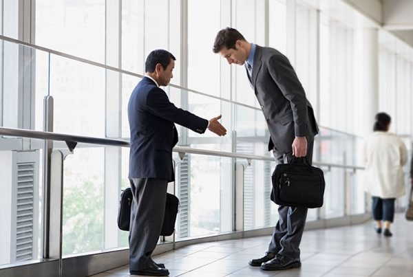 5 Tips to Close a Deal with an Asian Company
