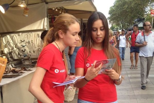 Flyers Staff - Sampling Staff - Vodafone Barcelona